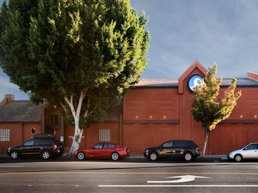 4620 W Magnolia Blvd, Burbank, CA 91505